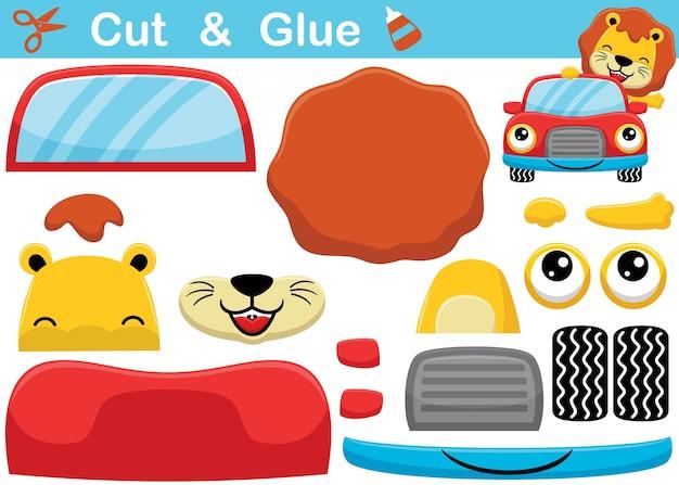 Fumetto del leone sull'automobile sorridente gioco di carta educativo per bambini. ritaglio e incollaggio