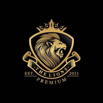 Disegno di marchio del re leone isolato sul nero