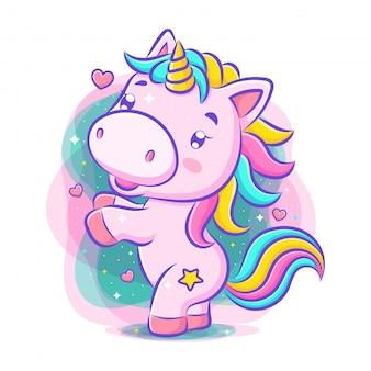 Piccolo unicorno carino danza e sorriso