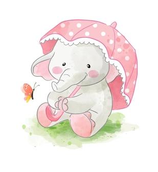 Piccolo elefante che tiene l'ombrello e la piccola illustrazione della farfalla