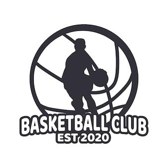 Club di pallacanestro di logo design con uomo che gioca a basket in bianco e nero semplice