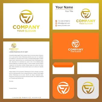 La lettera iniziale del logo s si combina con il concetto di triangolo nel biglietto da visita logo premium vettore premium
