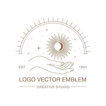 Logo in stile lineare mano femminile con sole e stelle