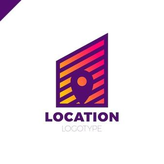 Logo posizione mappa spazio negativo simbolo nella costruzione della città di linea