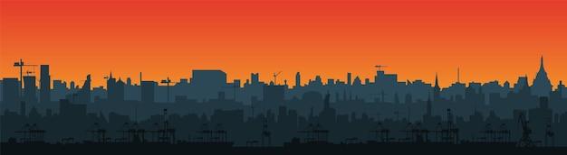 Sagoma lunga dello skyline della città in uno stile piatto per il piè di pagina. paesaggio urbano moderno e porto merci con gru. strati per la parallasse. vettore eps10.