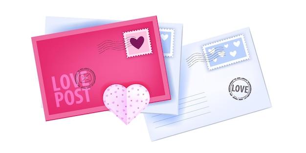 Amore posta lettere, buste, illustrazione di posta romantica vacanza san valentino isolato su bianco. saluto, messaggi di affrancatura chiusi a sorpresa, francobolli, cuori. vista dall'alto di lettere di san valentino