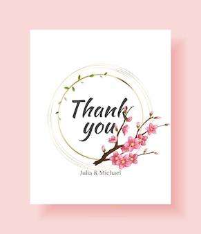 Modello di invito a nozze floreale di lusso design o biglietto di auguri con ramo di sakura e fiori.