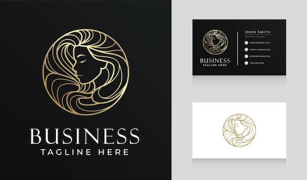 Design del logo della linea dei capelli della donna del salone di bellezza dell'oro di lusso con il modello del biglietto da visita