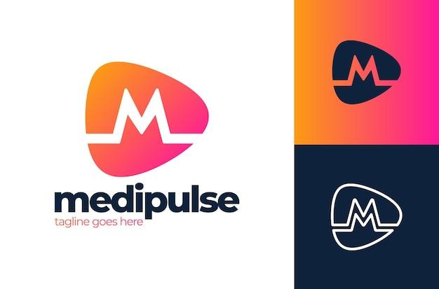 Modello di progettazione di logo medico di logo di impulso di alfabeto della lettera di m