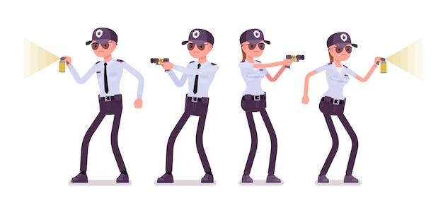 Guardia di sicurezza maschile e femminile al lavoro