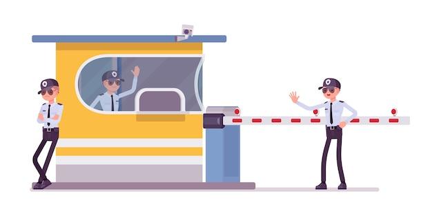 Guardia di sicurezza maschile al casello autostradale