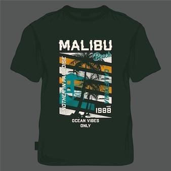 Malibu beach summer ocean vibes solo bagnino stationpalm tree t shirt grafica vettori