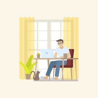 Uomo in abbigliamento casual che lavora a casa con il computer portatile allo scrittorio in un interno accogliente della stanza nello stile piano del fumetto