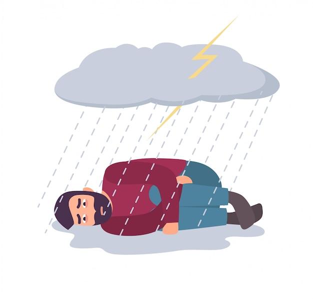 Uomo nel concetto di depressione. ragazzo triste e depresso sotto la nuvola di tempesta e la pioggia.