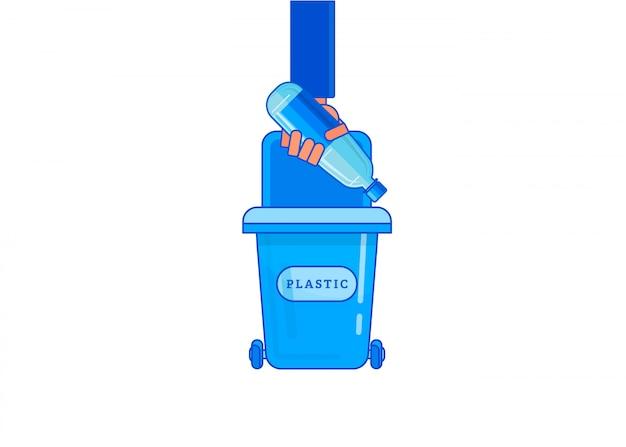 Equipaggi la mano che getta via il ceppo di plastica della bottiglia in contenitore di immondizia.