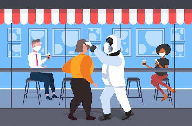 Uomo in tuta ignifuga controllo della temperatura del mix gara caffè visitatori coronavirus infezione epidemia virus mers-cov wuhan 2019-ncov concetto di rischio pandemia salute integrale lunghezza orizzontale