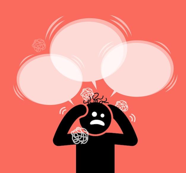 L'uomo grattandosi la testa e i capelli. è sotto pressione, dilemma, confusione e in preda al panico.