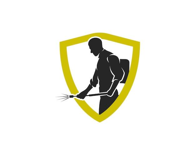 Uomo che spruzza parassiti con modello di progettazione del logo dello scudo