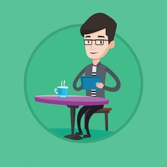 Man surf nel social network nella caffetteria.