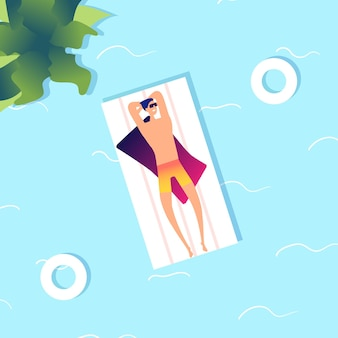 Uomo che nuota. ragazzo di mare estivo in acqua.