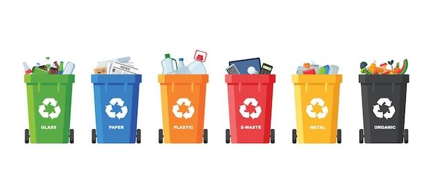 Molti bidoni della spazzatura con immondizia ordinata. smistamento dei rifiuti. ecologia e concetto di riciclo. bidoni della spazzatura isolati su sfondo bianco. illustrazioni piatte.
