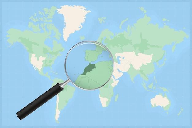 Mappa del mondo con una lente di ingrandimento su una mappa del marocco.