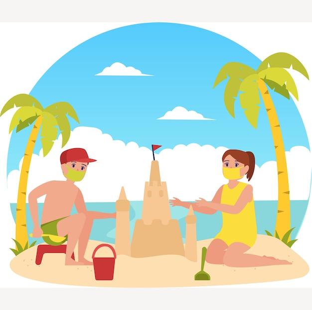 I ragazzini mascherati stanno costruendo un castello di sabbia in spiaggia durante l'illustrazione delle vacanze