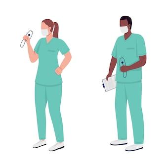 Caratteri senza volto di vettore di colore piatto di operatori sanitari. infermiera caucasica. medico afroamericano. illustrazione di cartone animato isolato servizio essenziale per la progettazione grafica e l'animazione web