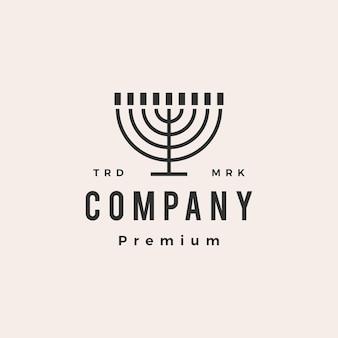 Menorah hanukkah candela ebrei giudaismo hipster logo vintage icona illustrazione Vettore Premium