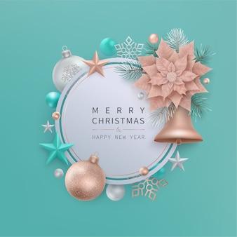 Cartolina d'auguri di buon natale e felice anno nuovo con campana, stelle, palline, fiocchi di neve. etichetta rotonda con fiore di natale color rame poinsettia, rami di abete