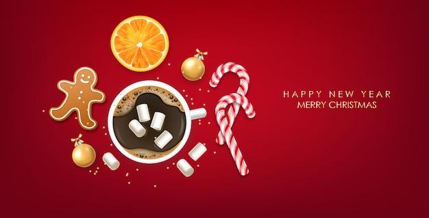 Buon natale e felice anno nuovo, tazza di cioccolata calda e dolci, vista dall'alto