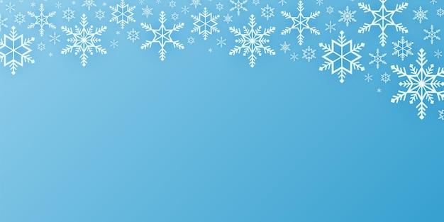 Buon natale, sfondo con motivo a fiocchi di neve, striscione che cade sulla neve, spazio per copia, stile artistico su carta