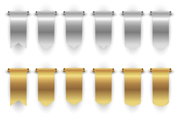 Striscioni in metallo. nastro d'argento oro isolato su sfondo bianco. insieme di vettore di banner appesi