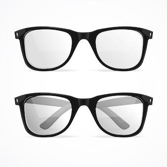 Occhiali geek con cornice in metallo isolati.