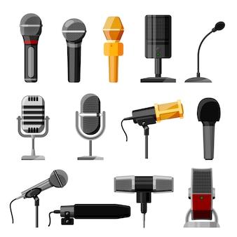 Dittafono audio del microfono e per la trasmissione del podcast o l'insieme di tecnologia dell'annotazione di musica dell'illustrazione dell'attrezzatura di concerto di radiodiffusione isolata su fondo bianco