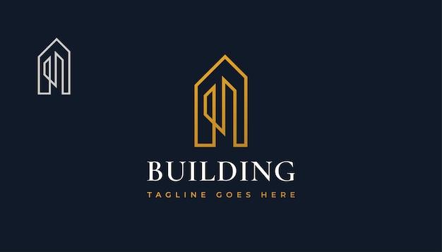 Design minimalista del logo immobiliare dell'oro con lo stile della linea. costruzione, architettura o costruzione di logo design