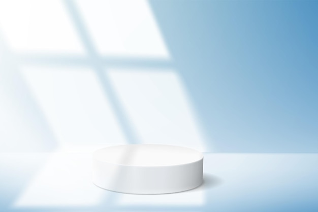 Sfondo blu minimalista con podio vuoto per dimostrazione del prodotto e luce dalla finestra.