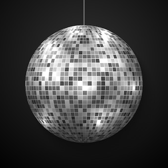 Palla da discoteca specchio isolato.