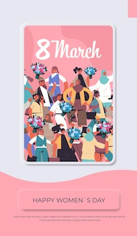 Mescoli le donne della corsa con i fiori che celebrano l'illustrazione verticale del concetto di celebrazione di festa dell'8 marzo della donna