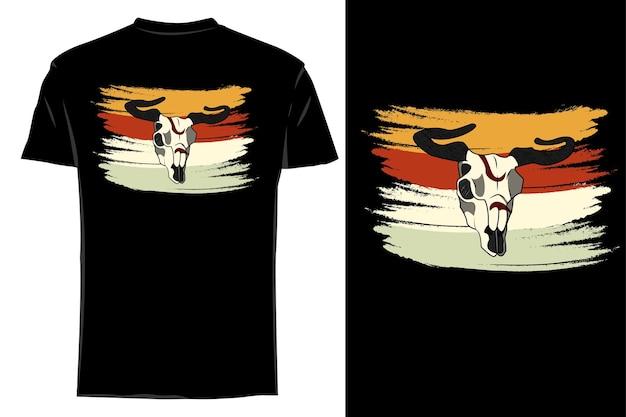 Mockup t-shirt sagoma toro teschio retrò vintage