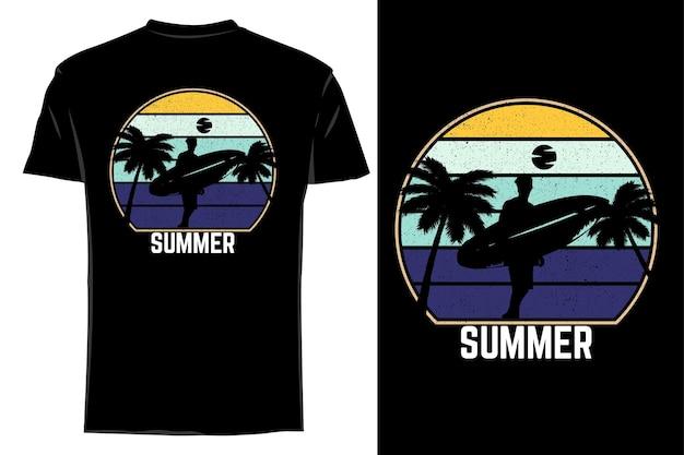 Mockup t-shirt silhouette estate retrò vintage