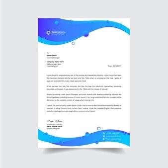 Design moderno del modello di carta intestata aziendale in blu sfumato di concetto futuristico colorato