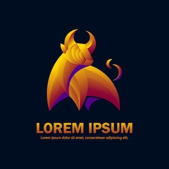 Stile moderno sfumato del logo bull adatto per società di investimento o prodotto di lusso