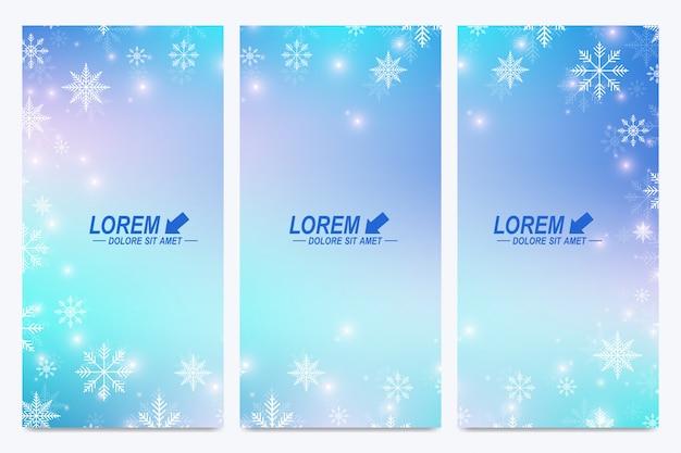 Set di volantini moderni felice anno nuovo. sfondo di natale. modelli di design con fiocchi di neve. superficie biglietti d'invito.