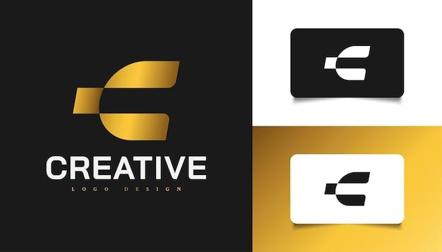 Design moderno e semplice del logo della lettera c in oro sfumato. simbolo grafico dell'alfabeto per l'identità aziendale aziendale