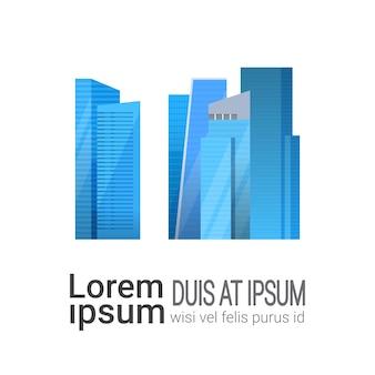 Costruzioni blu dei grattacieli moderni isolate