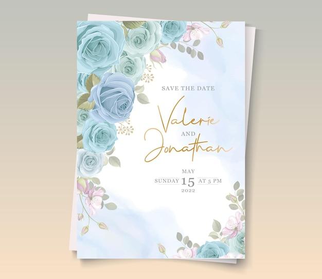 Partecipazione di nozze moderna con decorazione floreale blu