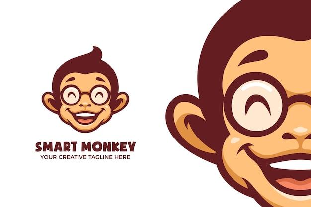 Modello di logo del personaggio della mascotte dei cartoni animati della scimmia