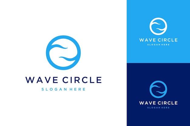 Logo monogramma o lettera iniziale o con onde oceaniche naturali