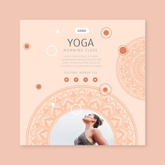 Volantino quadrato di lezione di yoga mattutina